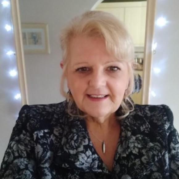 Profile picture of Vikki